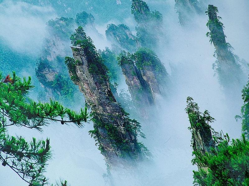 800px-Zhangjiajie-Hunan