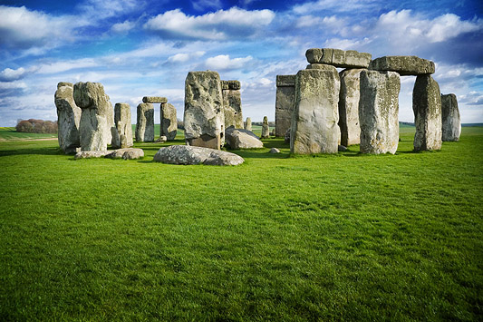 a look at one of the great seven wonders of the world stonehenge