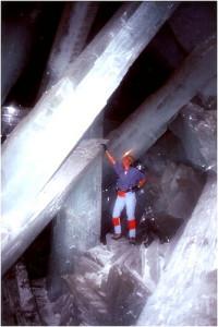 Кристаллы пещеры Naica
