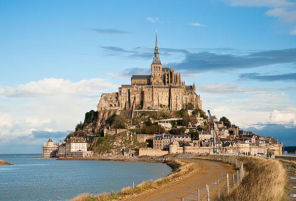 Мон-Сен-Мишель, Франция. Прилив